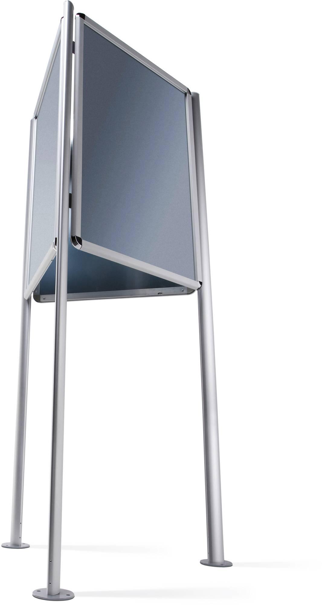 Dreieckständer 'Triboard' im A0 Format mit 3 Standfüßen mit vorgebohrten Bodenplatten