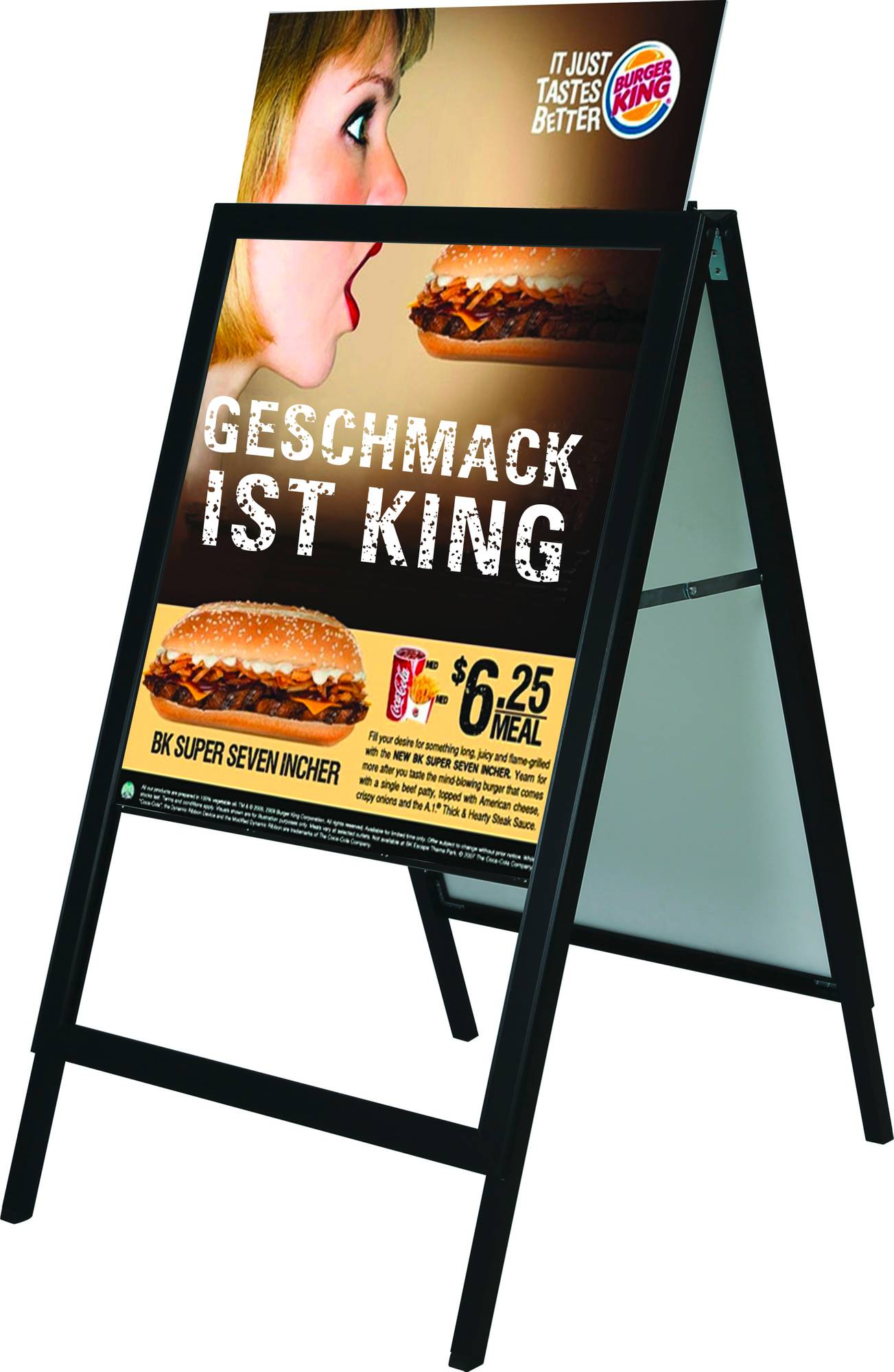 Vorderansicht Kundenstopper 'Slide In' im A1 Format in der Farbe schwarz mit Plakateinschub von oben