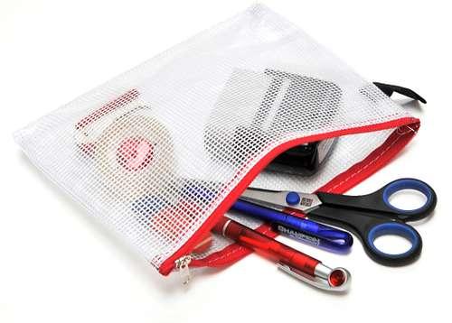 Reißverschluss-Beutel im DIN-B6 Format, nylonfaden-verstärktes PVC mit Textilverschluss